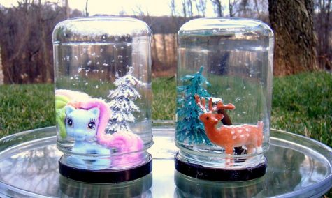 DIY baby food jar snow globes