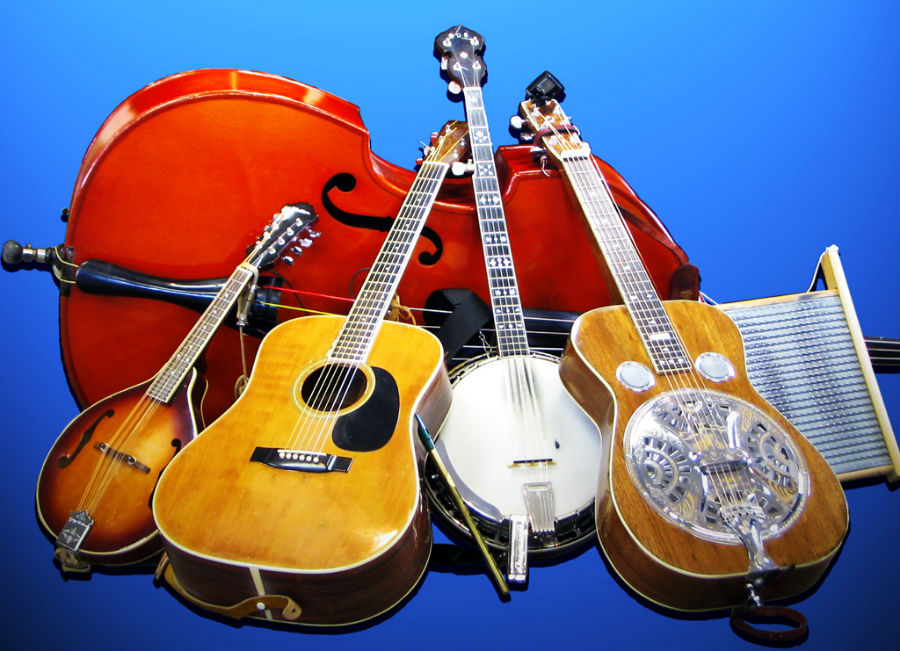 Photo via https://commons.wikimedia.org/wiki/File:Bluegrass_gospel_group%27s_Musical_Instruments,_Crossover_Junction.jpg under the Creative Commons Licence