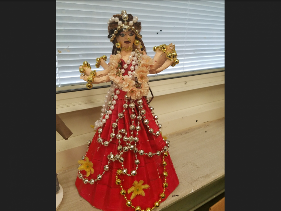 Student makes her stamp on WMS with cultural sculpture