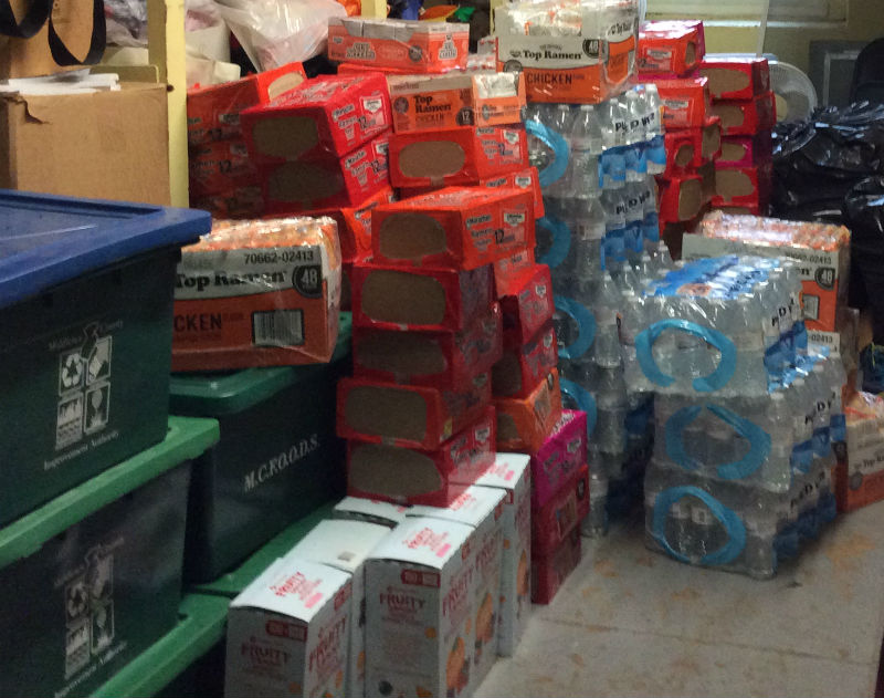 DONATIONS+DONATIONS%3A+food+donated+by+third+block+classes+of+Woodbridge+Middle+School