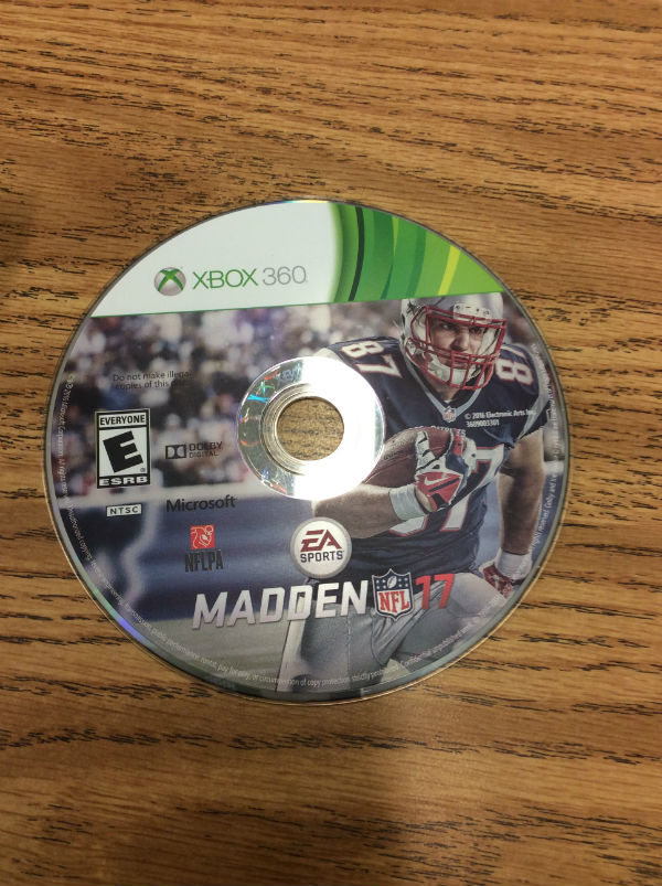 Madden+17+kicked+off+on+August+23rd+2016+and+hit+hard+in+the+stores.