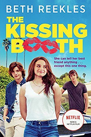 KISSING BOOTH N THE SPOTLIGHT:in this picture we could see the main characters.
