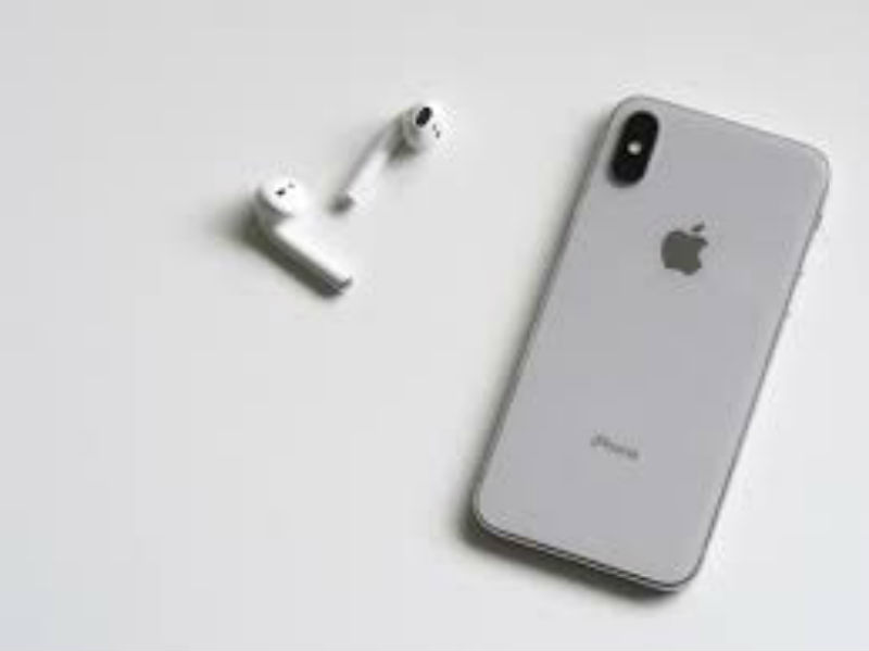 AN UPDATE A DAY KEEPS THE APPLE STORE AWAY: The iPhone X and arpods.