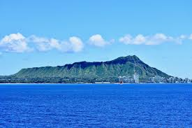 Photo labeled for non-commercial reuse via   https://pixabay.com/photos/hawaii-diamond-head-honolulu-oahu-4020599/