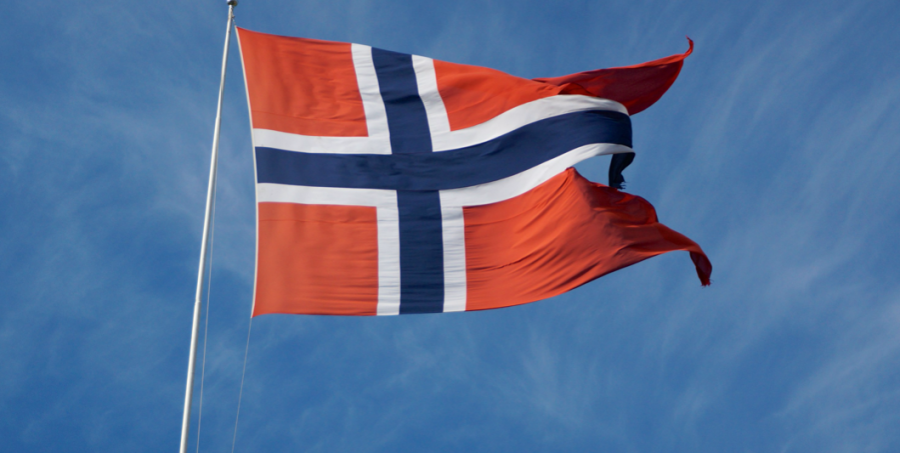 https://commons.wikimedia.org/wiki/File:Flag_Norway.jpg Creative Commons  Licence
