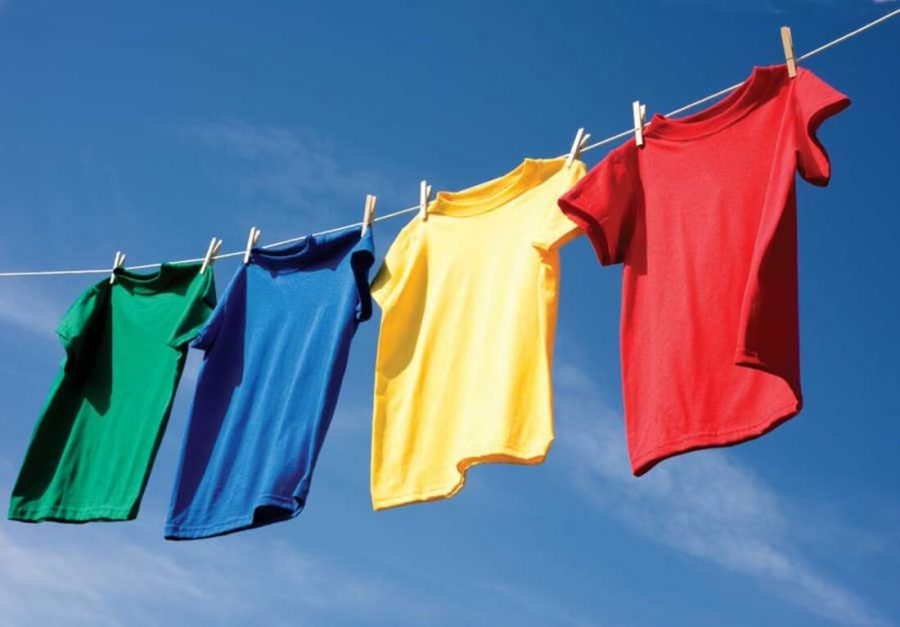 Photo labeled for non-commercial reuse via https://www.smallfootprintfamily.com/benefits-of-using-a-clothesline Under the Creative Commons License